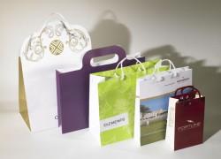 In túi giấy đựng quà chuyên nghiệp giá rẻ ở đâu?